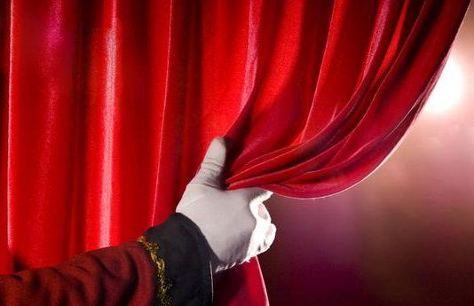 ДКТ «Чайка» открывает театральный сезон 2019-2020. 7 сентября состоится премьера сразу двух спектаклей — взрослого и детского.