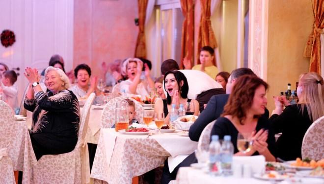 Приглашаем Вас на празднование Нового 2020 года в курортном комплексе «Алые Паруса». 31 декабря, ресторан «Эрмитаж», начало в 22:00.