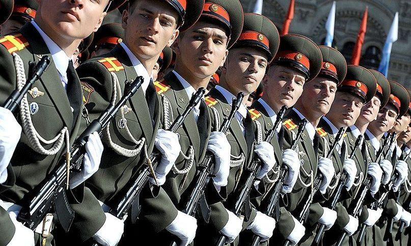 23 февраля в ДКТ «Чайка» состоится концерт «Служить Отечеству». Начало в 17:00. Билеты от 300 рублей