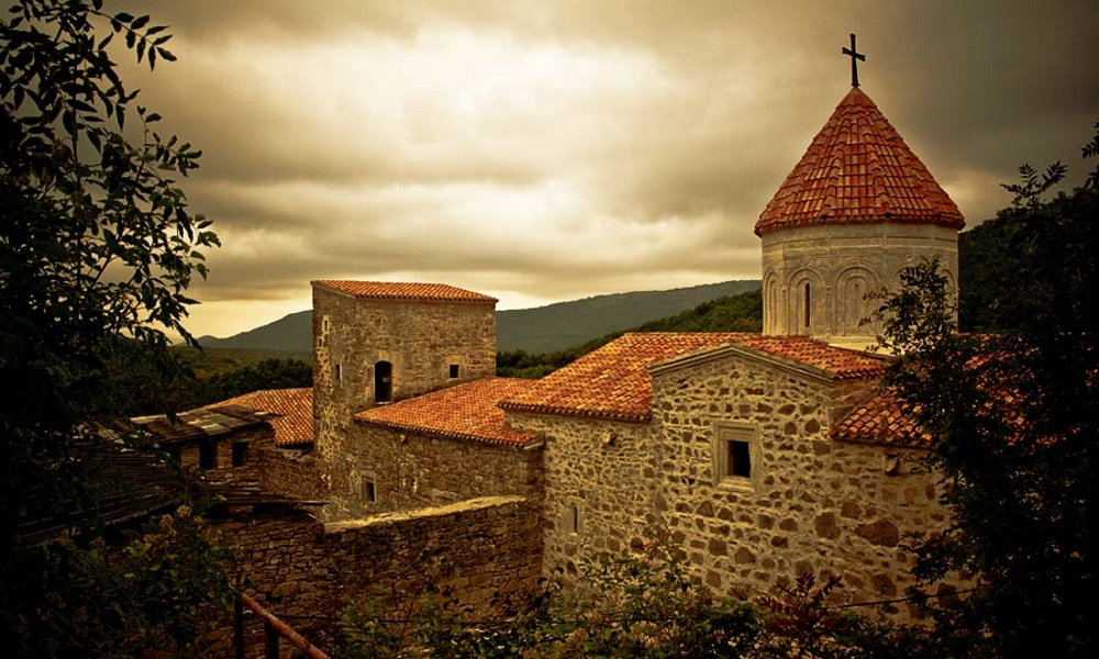 Крымский уикэнд экскурсия в горный средневековый армянский монастырь