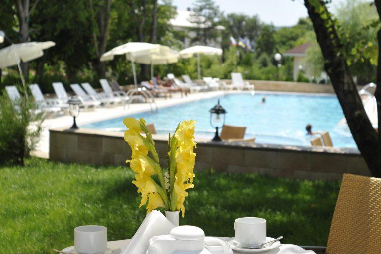 лето каникулы в отеле алые паруса