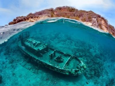 30 марта во Дворце Культуры и Творчества «Чайка» стартует серия открытых лекций, посвящённых подводной археологии!